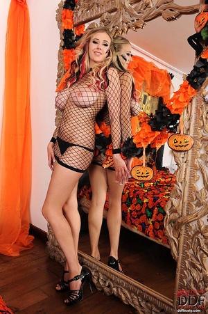 Girls with big boobs. Hot Halloween babe - XXX Dessert - Picture 3