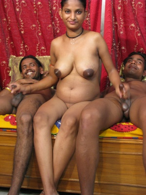 Indian porn. One babe 2 big cocks. - XXX Dessert - Picture 1