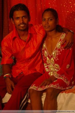 India sex. Indian slut swollowing... - XXX Dessert - Picture 2