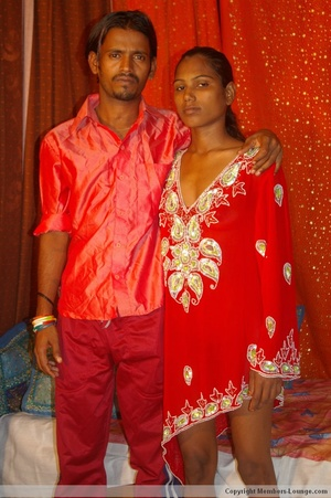 India sex. Indian slut swollowing... - XXX Dessert - Picture 4