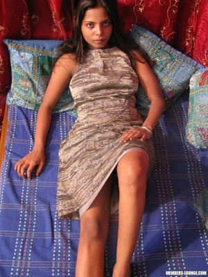 Indian nude girls. Hot teen sucking dick - XXX Dessert - Picture 6