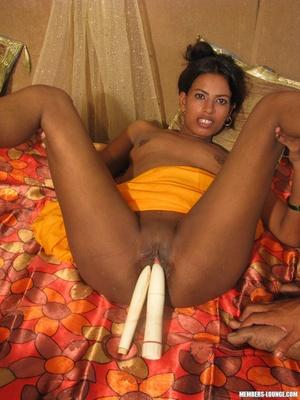 India sex. Indian babe sucking on huge d - XXX Dessert - Picture 6