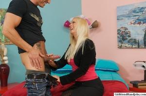 Hand job porn. GirlFriendsHandJob. - Picture 4