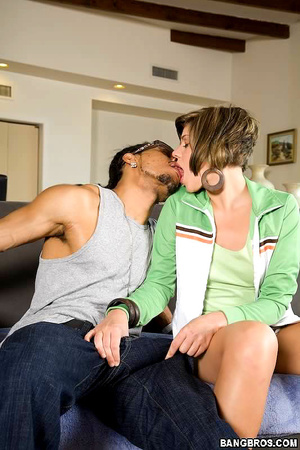 Interracial xxx. Hot Hailey was eager to - XXX Dessert - Picture 1