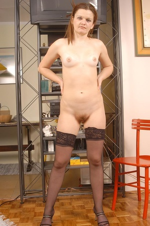 Hairy galleries. Blonde fuckbitch spread - XXX Dessert - Picture 3
