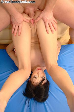 Hard core deep throat. Teen's ass is lef - XXX Dessert - Picture 2