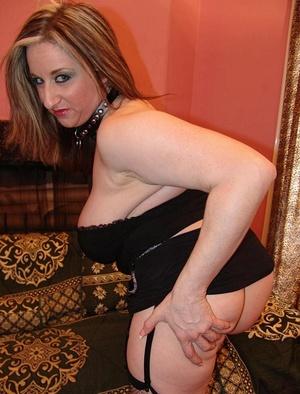 Horny hairy. Stacked blonde Kitty unleas - XXX Dessert - Picture 5
