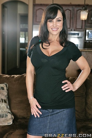 House wife sex. Lisa Ann husband cant sa - XXX Dessert - Picture 1