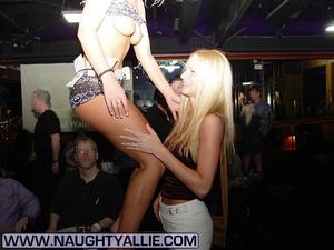 Milf xxx. Amateur Blonde With Big Tits I - XXX Dessert - Picture 5