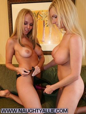 Milf ass. Two Bi Wives Break Out Strap O - XXX Dessert - Picture 8
