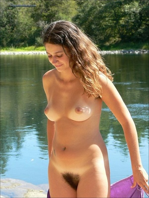 Erotik xxx. Beautiful young, brunette gi - Picture 4