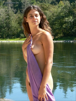 Erotik xxx. Beautiful young, brunette gi - Picture 5
