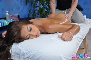 Massage xxx. Gorgeous 18 year old Brunet - XXX Dessert - Picture 6