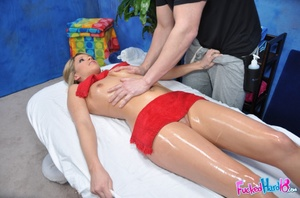 Reality xxx. Hot 18 year old blonde gets - XXX Dessert - Picture 9