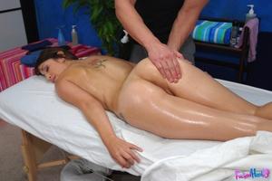 Teen porn girls. Hot 18 year gets fuck b - XXX Dessert - Picture 8