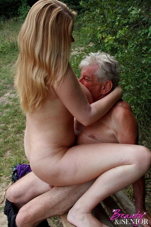 Young old sex. Peeking at enormous breas - XXX Dessert - Picture 12
