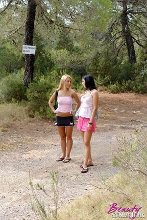 18 teen xxx. Two stunning babes in need  - XXX Dessert - Picture 1
