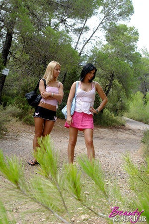 18 teen xxx. Two stunning babes in need  - XXX Dessert - Picture 2