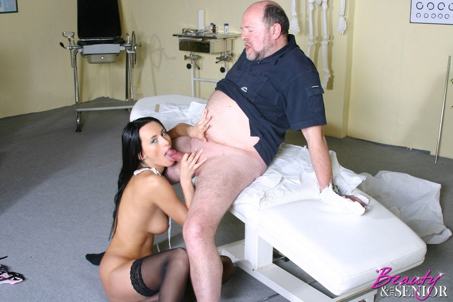 Old Young Xxx Sexy Young Doctor Examines A - Xxx Dessert