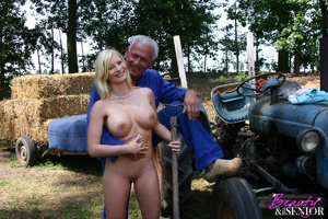 Old and young. Busty blonde beauty enjoy - XXX Dessert - Picture 3