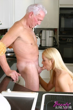Old men young ladies. Stunning blonde be - XXX Dessert - Picture 2