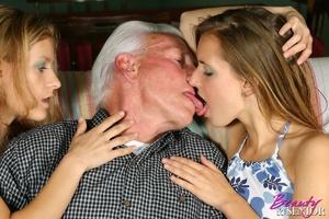 Old young sex. Horny grey senior enjoys  - XXX Dessert - Picture 5