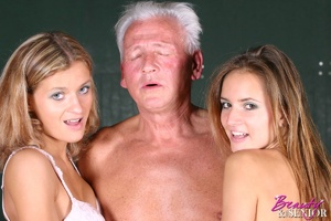Old young sex. Horny grey senior enjoys  - XXX Dessert - Picture 8