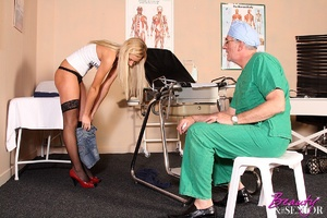 Old & young. Wealthy old doctor fuck - XXX Dessert - Picture 3
