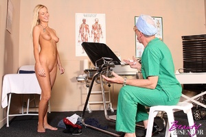 Old & young. Wealthy old doctor fuck - XXX Dessert - Picture 4