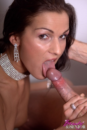 Xxx old young. Stunning office beauty ge - XXX Dessert - Picture 3