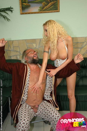 Young old xxx. Enormous titted blonde nu - XXX Dessert - Picture 4