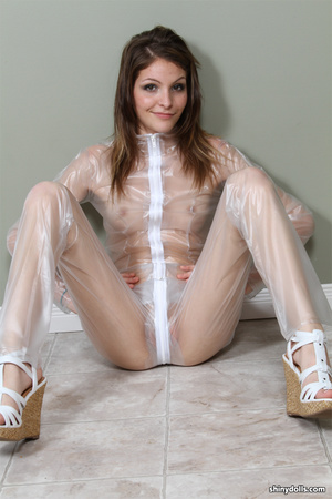Latex erotic. ShinyDolls. - XXX Dessert - Picture 11
