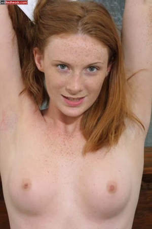 Horny redhead. Redhead Coed Gives Tech G - XXX Dessert - Picture 3