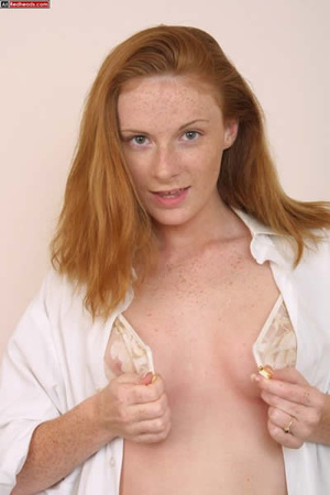 Horny redhead. Redhead Coed Gives Tech G - XXX Dessert - Picture 6