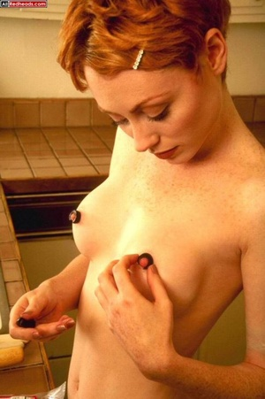 Hot redhead. Real Redhead covered in tom - XXX Dessert - Picture 5