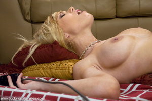 Fucking machines xxx. Blonde newcomer wi - XXX Dessert - Picture 10