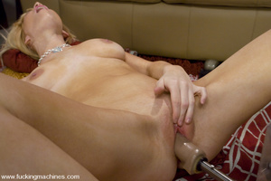 Fucking machines xxx. Blonde newcomer wi - XXX Dessert - Picture 11