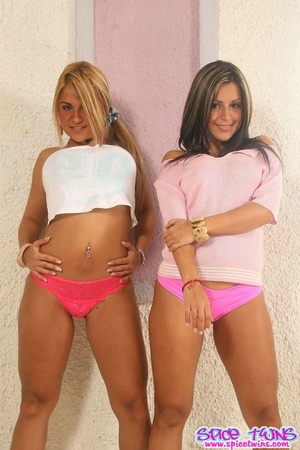 18 teen porn. The Spice Twins pull down  - XXX Dessert - Picture 2