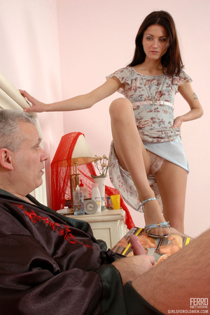 Old & young sex. Slim girl opening h - XXX Dessert - Picture 4