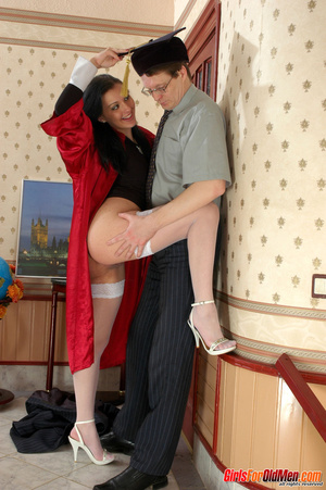Old men young ladies. Nasty girl makes u - XXX Dessert - Picture 8