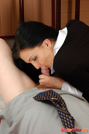 Old men young ladies. Nasty girl makes u - XXX Dessert - Picture 15