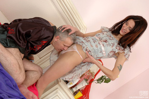 Old & young sex. Slim girl opening h - XXX Dessert - Picture 6