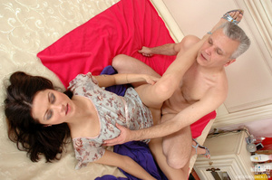 Old & young sex. Slim girl opening h - XXX Dessert - Picture 15