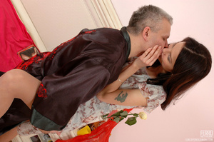 Old & young sex. Slim girl opening h - XXX Dessert - Picture 8