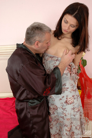 Old & young sex. Slim girl opening h - XXX Dessert - Picture 9
