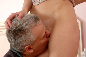 Old & young sex. Slim girl opening h - XXX Dessert - Picture 10