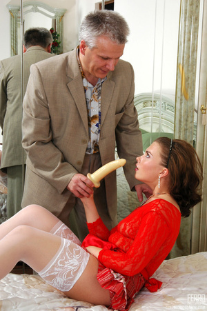 Old young love. Sexy maid clad in red ge - XXX Dessert - Picture 5