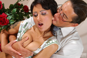 Older man young women sex. Sexy coed pas - XXX Dessert - Picture 6