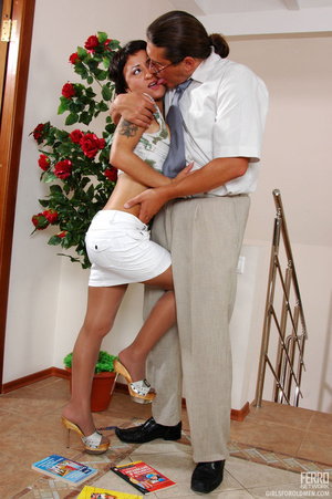 Older man young women sex. Sexy coed pas - XXX Dessert - Picture 7