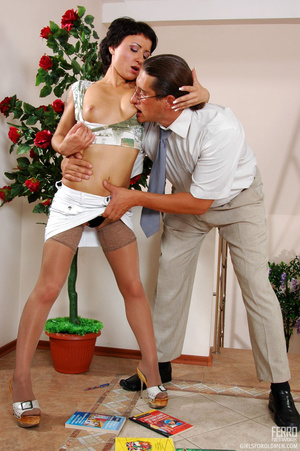 Older man young women sex. Sexy coed pas - XXX Dessert - Picture 8